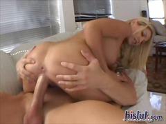 Porr: Stora Bröst, Fitta, Avsugning, Blond