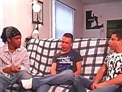 Порно: Трио, Гей, Тийнейджъри, Събличане