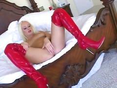 Porno: Pitspesu, Tihe, Sukkpüksid