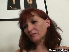 Porno: Spalvainās, Garās Zeķes, Sekss Trijatā