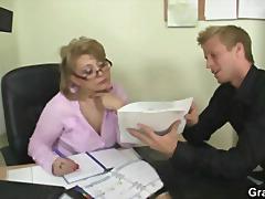 جنس: خبيرات, مسنات