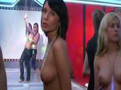 Porr: Stora Bröst, I Ansiktet, Underkläder, Grupp