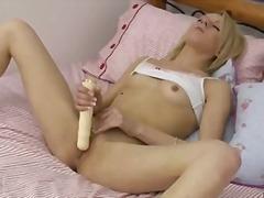 Porno: Paaugliai, Masturbacija, Blondinės, Nuskusta
