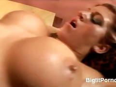 Porno: Pornohviezdy, Prsaté Dievčatá, Brunetky, Tvrdé Porno