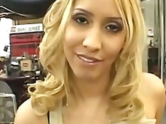 Lucah: Dubur, Tetek, Rambut Blonde