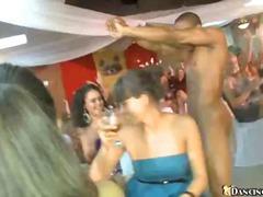 포르노: 사정, 남자, 댄스, 구강섹스