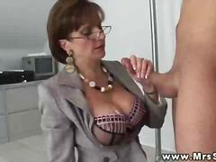 Porr: Oralt, Mogen, Stora Bröst, Avrunkning