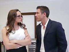 Porno: Gjokset, Sekretareshat, Me Syze, Bossët Dhe Sheficat