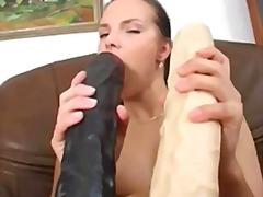 Porno: Irgənc, Dildo, Masturbasya, Dildo