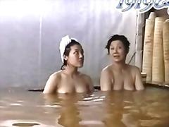 Порно: Шпигунки, Японки, Ванна, Вуаєристи