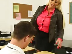 Porno: Koledža, Students, Pirmā Reize, Blondīnes