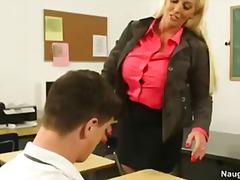 Pornići: Fakultet, Studenti, Prvi, Plavuša