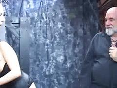 Phim sex: Tất Dài, Đồ Lót, Đồng Tính Nữ, Tôn Sùng