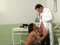 Porno: Ārsts, Pupi, Brunetes, Uniformas