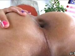 Porno: Tissid, Shemale, Transvestiit, Masturbeerimine