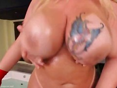 Porno: Vyrukai, Šikna, Krūtys, Hermafroditai
