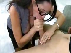 Porno: Kova Porno, Opettaja, Pukeissa, Koulu