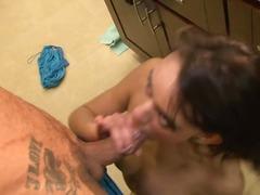 Porno: Kari, Në Zyre, Vjell Duke Thith, Bytha