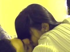 Порно: Індійки, Молоді Дівчата, Полуничка