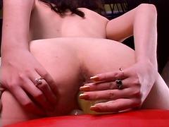 Porno: Dildo, Təbii Döşlər, Yeniyetmə, Vibrator