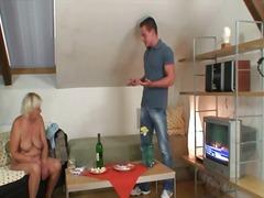 Porn: Մայրիկ, Դավաճանություն, Հասուն, Տատիկ