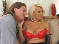 Lucah: Porno Hardcore, Skodeng, Rambut Blonde, Ibu Seksi
