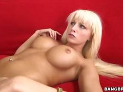 Porno: Amcıq, Təbii Döşlər, Çalanşik, Böyük Döşlər