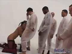 Porno: Orgie, Pijpen, Aziatisch, Brunette