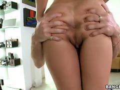 Porno: Pusmūža Sievietes, Kārdināšana, Pirksti Pežā, Brunetes