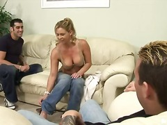Porn: भयंकर चुदाई, बड़े स्तन, मिल्फ़