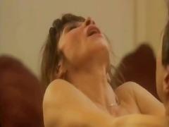 Porno: Celebritat, Aspre, Nu