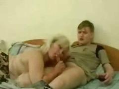 Porn: Mamica, Starejše Ženske, Nogavice, Blondinka