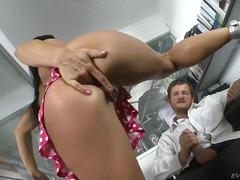 Порно: Хардкор, Грубо, Високи Чорапи, Кревет