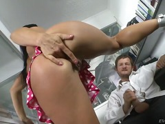 Porno: Kova Porno, Raju Seksi, Sukat, Sänky
