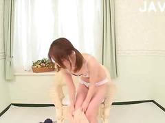 جنس: يابانيات, نهود صغيرة, نهود كبيرة, لبن