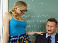 Porno: Üstünə Qurtarmaq, Pornoulduz, Draçitləmək, Sarışın