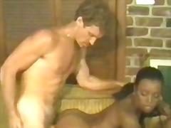 Porno: Üstünə Qurtarmaq, Məhsul, Qaralar, Çalanşik