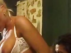 Porno: Üstünə Qurtarmaq, Müəllimə, Çalanşik, Məhsul