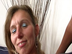 Porn: अधेड़ औरत, भयंकर चुदाई, मां