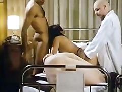 Porno: Üstünə Qurtarmaq, Tüklü, Böyük Döşlər, Klassik