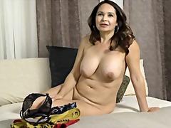 Porno: Küps, Vanaema