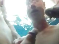 Porno: Lauke, Grupinis Prievartavimas, Oralinis Seksas, Grupinis