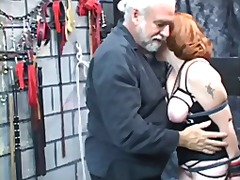 Lucah: Konek Besar, Perempuan Berpakaian Lelaki Bogel, Fantasi, Fetish Kaki