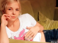 פורנו: אנאלי, בחוץ, צעירות
