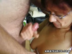 Porn: नौजवान मर्द संग, मां, अधेड़ औरत