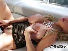 Porn: बड़ी गांड, मूठ मारना, निप्पल