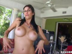 Porno: Mugrons, Pits Grossos, Masturbació, Pits Naturals