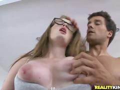 Porno: Vyriškas Pasididžiavimas, Putka, Krūtys, Šikna