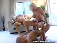 Porno: Veľké Zadky, Roztiahnuté Otvory, Prírodné Kozy, Malé Kozy