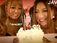 Porno: Japonės, Ji Smauko, Oralinis, Grupinis